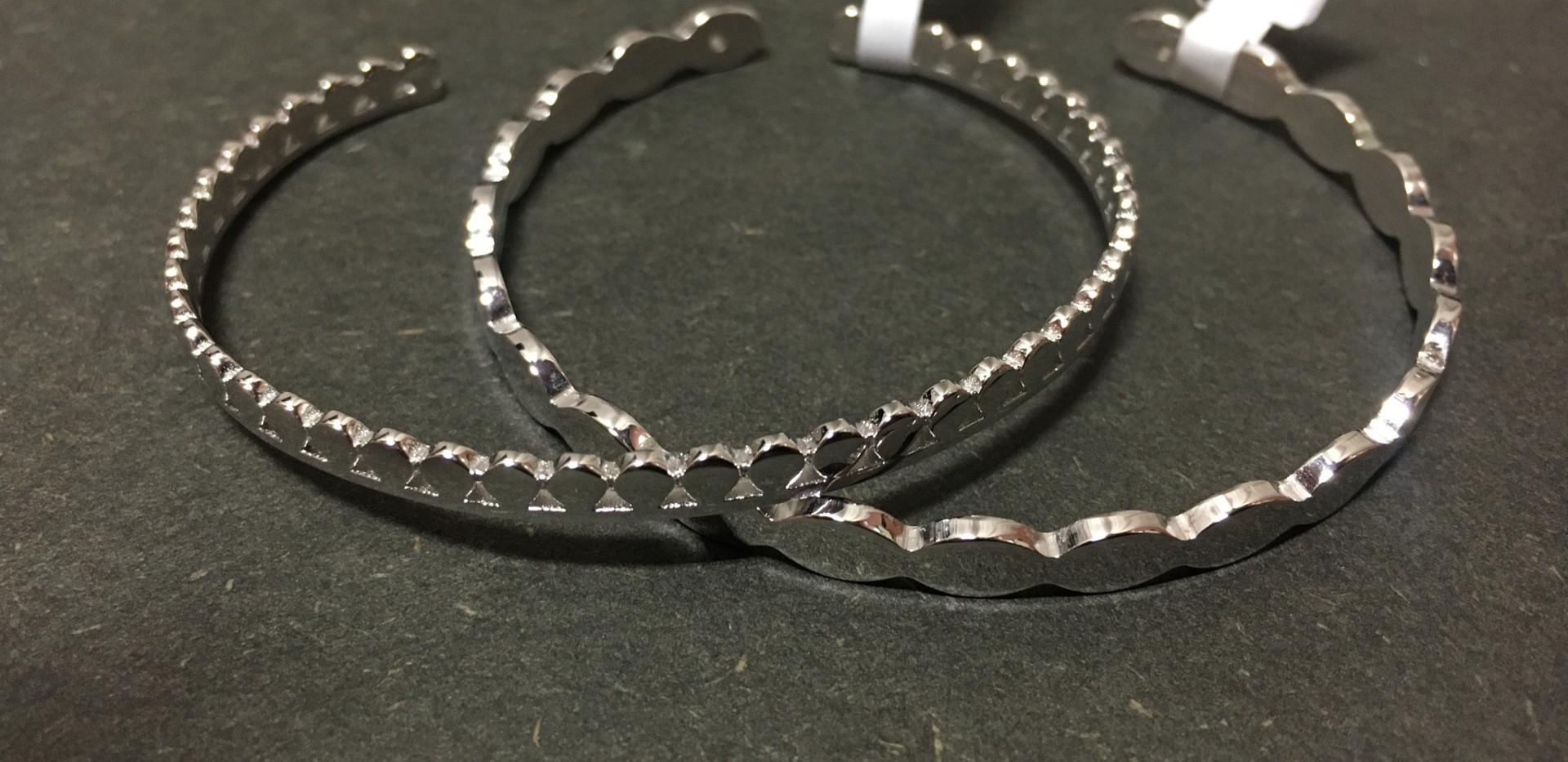 New, bracelet esclave godrons, argent 925 rhodié. 85€-95€