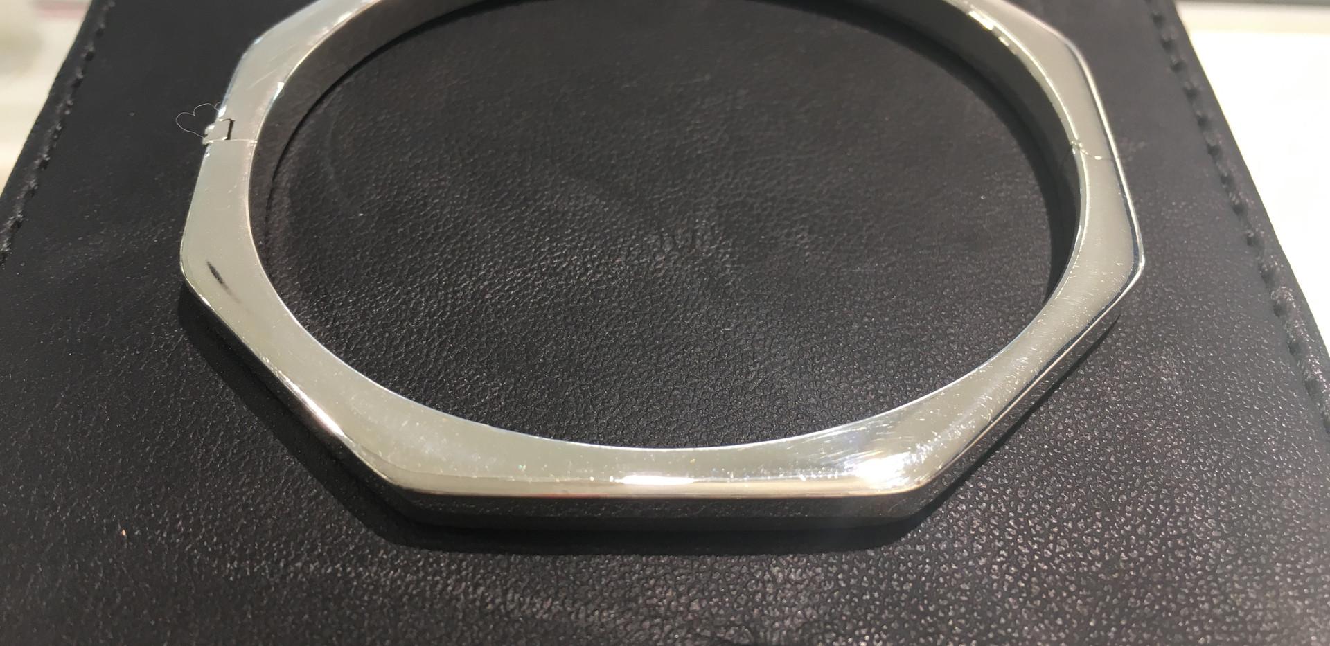 Bracelet argent 925, jonc avec charnière, 130€