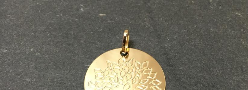 Médaille arbre de vie, or jaune 750.