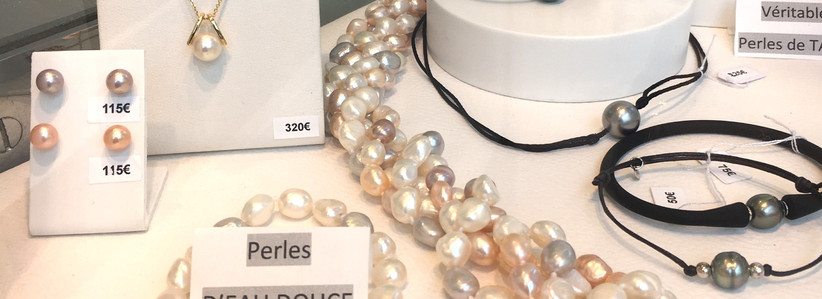 Perles blanches et couleur; eau douce et tahiti, bracelet feminin et masculin.