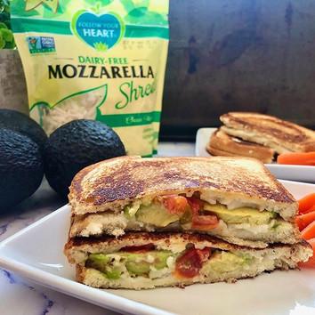 Easy Vegan Grilled Cheese Sandwich