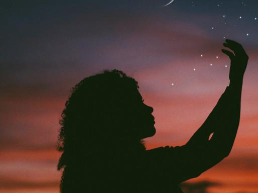 """A visão do Feminino de Clarice Lispector em """"A Hora da Estrela"""""""