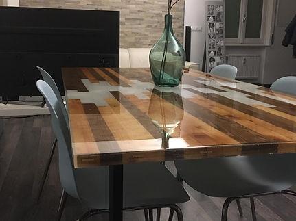 Fir White PearlResin table