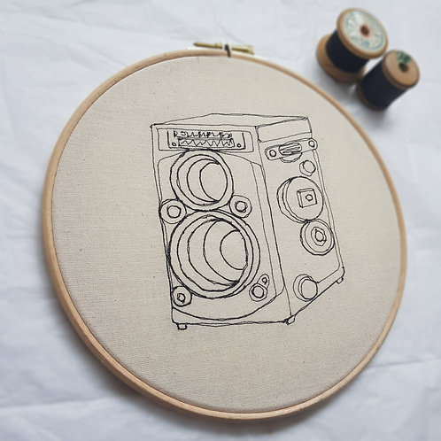 "Rolleiflex Camera 8"" Hoop"