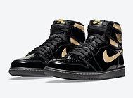 Air-Jordan-1-Black-Gold-555088-032-Relea