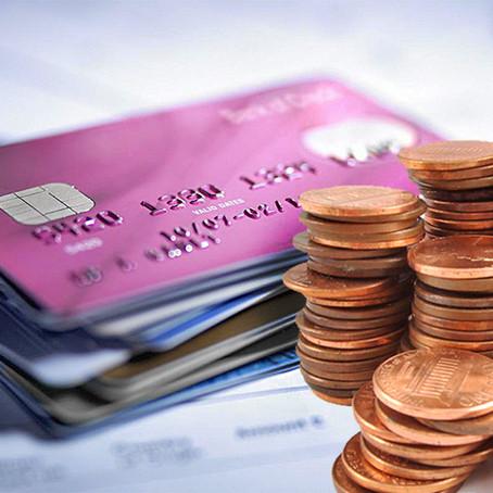 Abusos bancários : Tudo o que você precisa saber para não ser mais enganado e conseguir indenização.