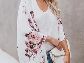 Shop Women's Fashion >