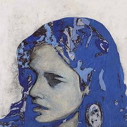 Ragazza coi capelli blu