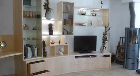 agencment salon, meube Tv, sycomore, tiroirs, niches, éclairage led, étagères, vitrines, agancement