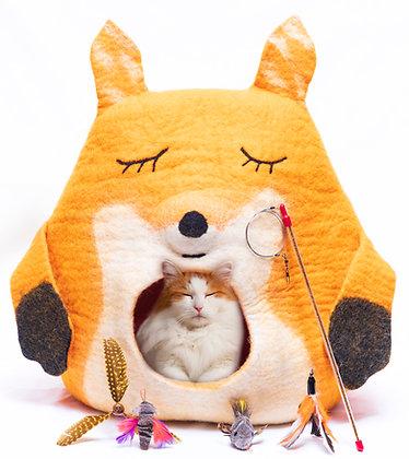 Sleeping Fox Cat Cave Pack!