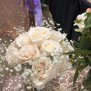 Roses/Babies Breath bouquet