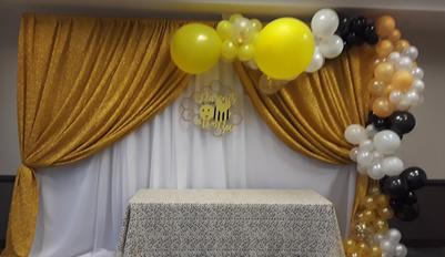 Double panel backdrop with balloon design