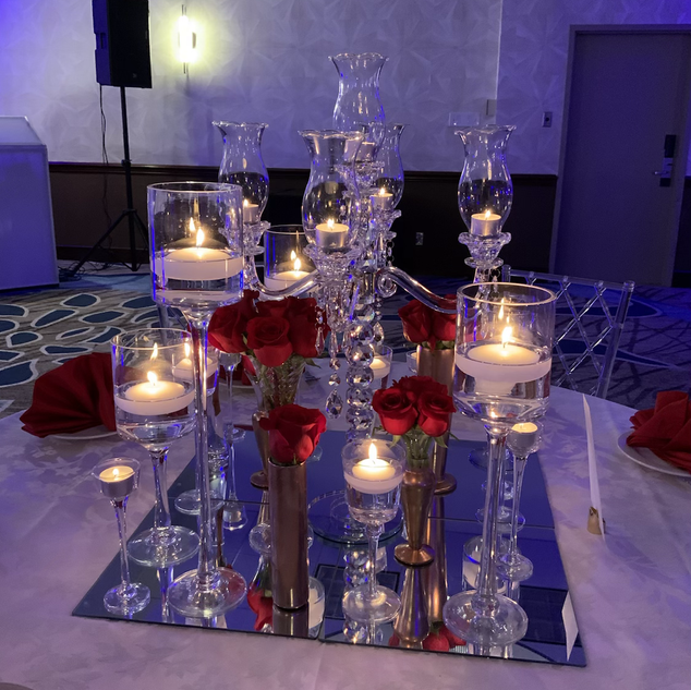 Crystal lamp with floral arrangements