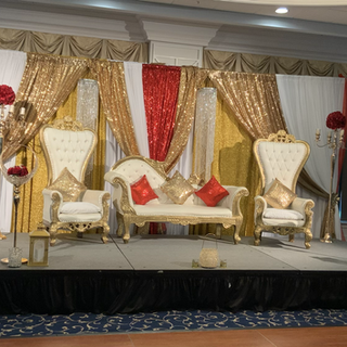 Gold Stage columns