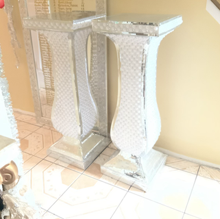 Glass pearl columns