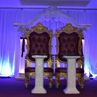 Red and gold Throne chairs