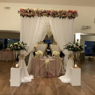 Canopy garland , Columns floral arrangements, Table floral arrangements