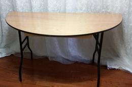6ft half table