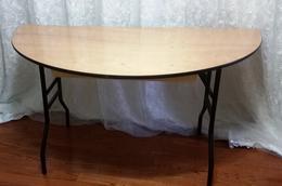 6ft half table