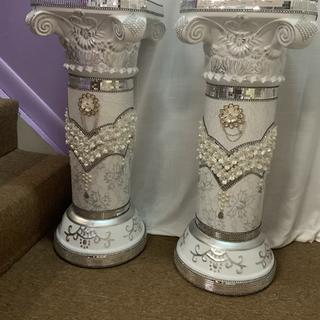 Silver pearl columns