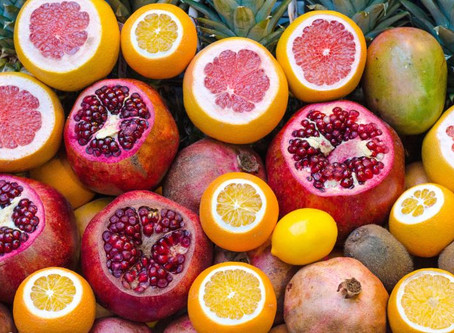 10 Benefits of Pomegranate in Skincare