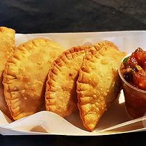 Food Truck Sanga Totem Nomade Cuisine African Style Street Food Evénementiel Traiteur