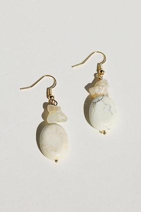 Lydia Dangle Earrings