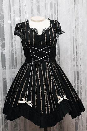 Blacklist - Bones Print Cap Sleeves Dress - Black
