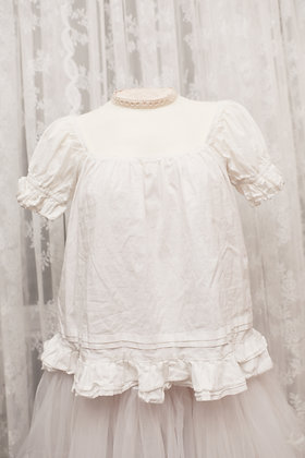 Classical Puppets - Ruffled Cotton Blouse - White