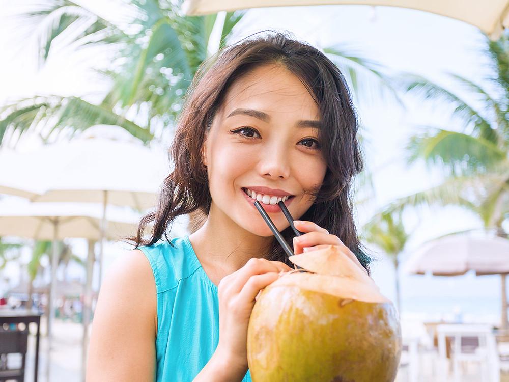 Hidratación con agua de coco