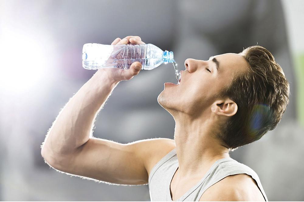 Hidratación durante el Ayuno Intermitente