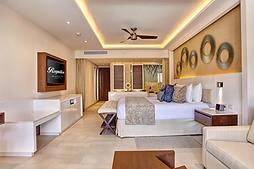 Royalton Riviera Cancun Mexico Luxury Junior Suite