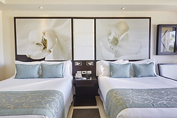 Diamond Club Luxury Swim Out Room Photo.