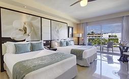 Diamond Club Luxury Room Photo.png