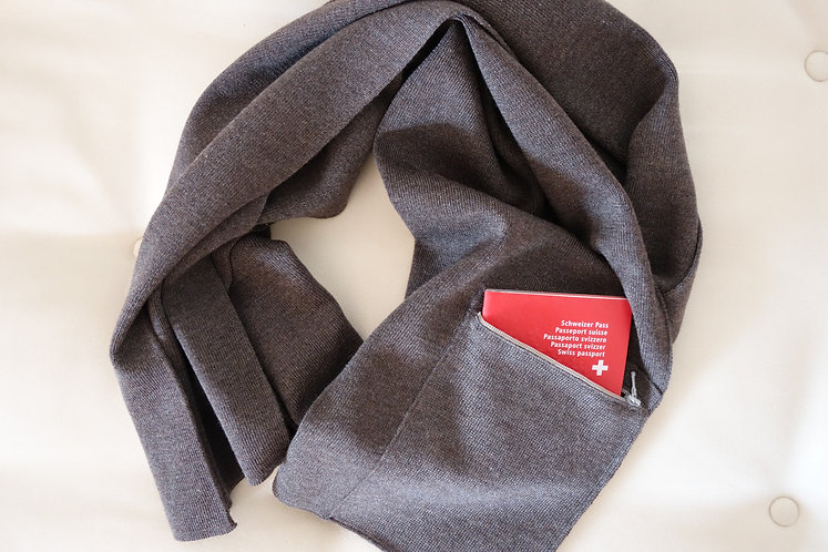 Mod.109TC. SCARF with pocket and poetry 70%CASHMERE-30%SILK NATUR