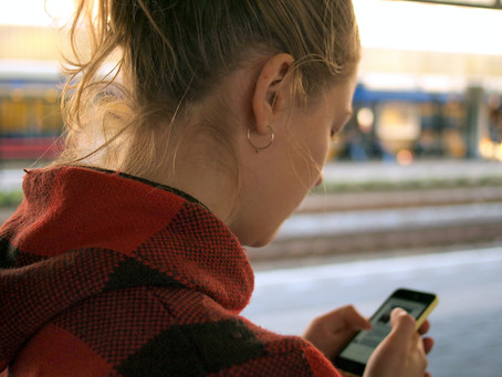 Allie's Advice Column - Is Social Media Leaving You Daunted and Drained?