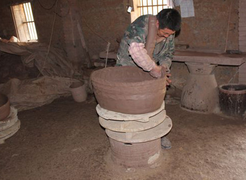 The Ancient Chinese Secret to Outdoor Garden Pottery