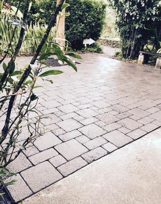 paver install Lyon Arboretum