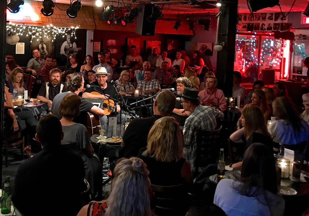 Webb Wilder, Bill Lloyd, Tommy Womack & Peter Cooper playing in the round at the Bluebird Cafe