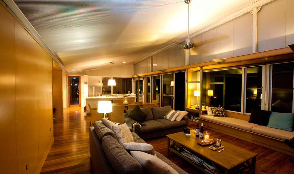 Lodges by night