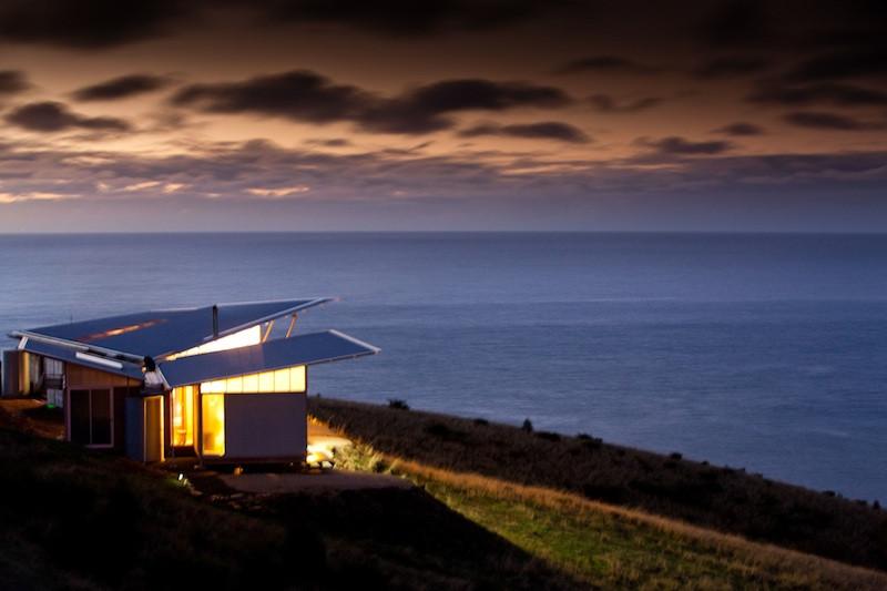 Lodge by night.jpg