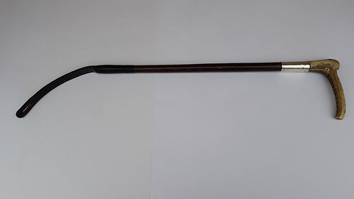 A015 Man's Hunting Whip with Silver Collar