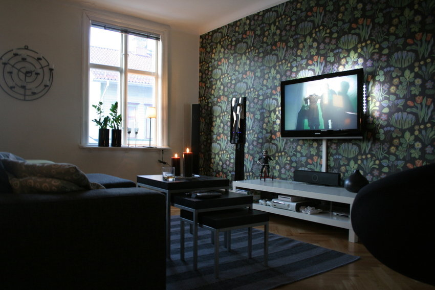 Modern-Living-Room-TV-Wall-Units-36-in-White-Color.jpg