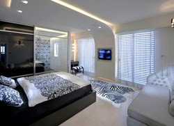 6-Innovative-ceiling-design-gives-this-minimalist-bedroom-a-futuristic-feel-1.jp