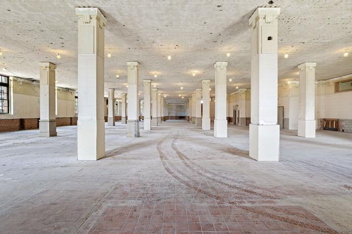 Grand Place - West Building, 1st Floor
