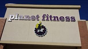 Planet-Fitness-Shawnee-Mill-Creek500-1.p