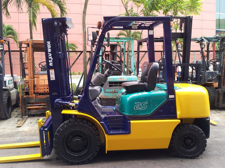 2.5ton KOMATSU Forklift
