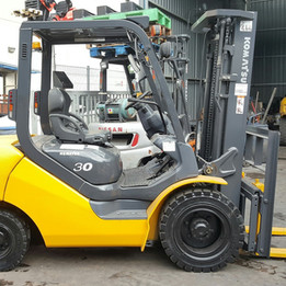 Komatsu FD30-17 Forklift