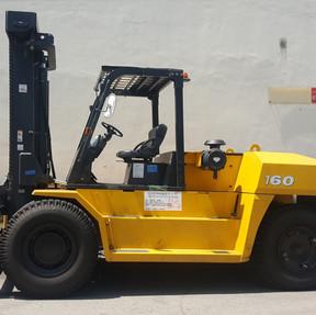 Komatsu FD160-8 Forklift