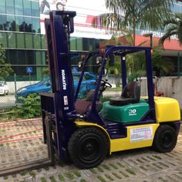 Reconditioned 3 ton KOMATSU FD30-14